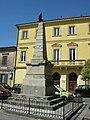 Collesalvetti, obelisco 01.JPG