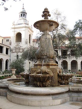Pasadena City Hall - Courtyard