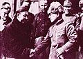 Demchugdongrub with Japanese general.jpg