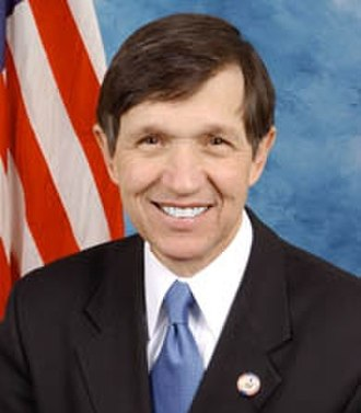 Dennis Kucinich - An earlier Congressional photo of Kucinich