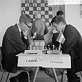 Derde ronde IBM schaaktoernooi, Kuypers tegen Donner, Bestanddeelnr 916-6750.jpg