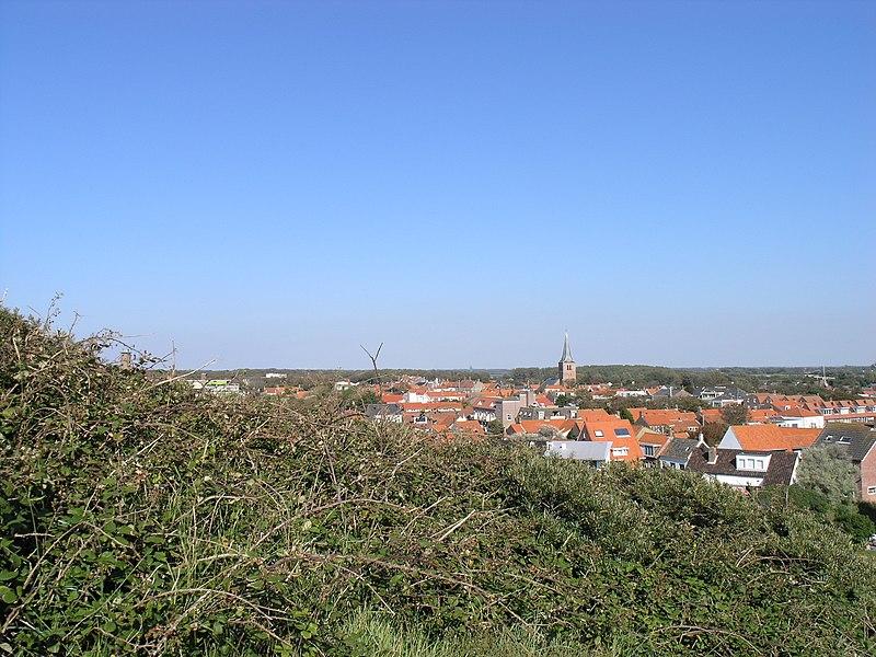 File:Domburgvillage2.JPG