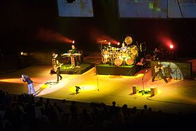 Dream Theater - Octavarium world tour 2006.jpg