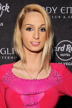 Erica Fontes 2014.jpg