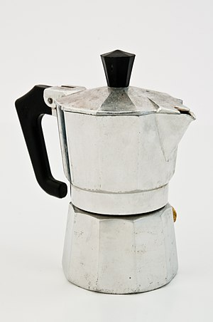Espressokanne Im Lichtzelt Jpg