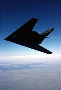 Một chiếc F-117A Nighthawk trên bầu trời New Mexico