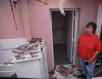 English: Del City, OK, May 4,1999 -- Norma Bar...