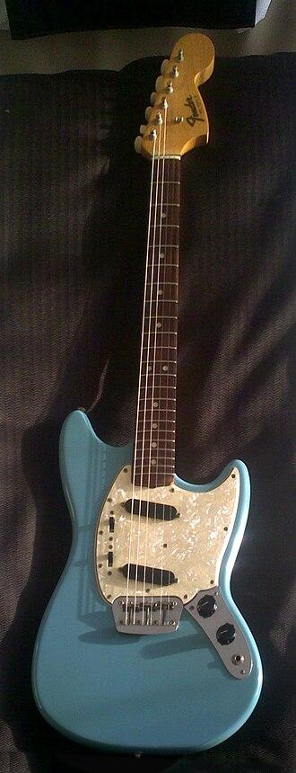 Fender Duo-Sonic - Image: Fender Duo Sonic II