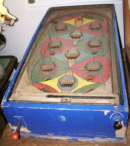 An early pinball game without flippers, circa 1932