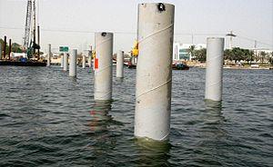 Floating Bridge, Dubai - Image: Floating Bridge Under Construction on 31 May 2007 Pict 2