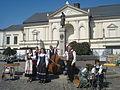 Folklorinis ansamblis Klaipedos Teatro aiksteje2.JPG