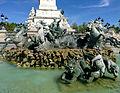 Fontaine du Monument aux Girondins.jpg