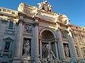Fontana di Trevi (33002639975).jpg
