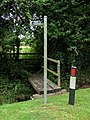 Footpath junction, Moorby - geograph.org.uk - 523722.jpg