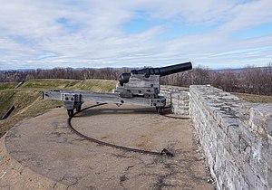 Armstrong Gun - Armstrong Gun in Fort No 1, Lévis, Quebec, Canada