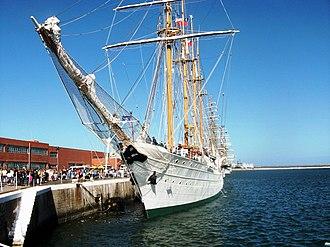 Esmeralda (BE-43) - Close up view of Esmeralda at Mar del Plata, February 2010