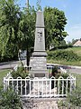Frasnoy (Nord, Fr) monument aux morts.JPG