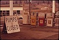 GASOLINE SHORTAGE HIT THE STATE OF OREGON IN THE FALL OF 1973 BY MIDDAY GASOLINE WAS BECOMING UNAVAILABLE ALONG... - NARA - 555405.jpg