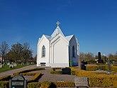 Fil:Gamla kyrkogården, Mönsterås 20160502 01.jpg