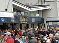 Gate 6 Crowd (28735585650).jpg
