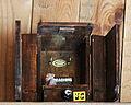 Geocach handgefertigter Schrank ca 25 cm hoch 2015-03-25 13-02-58 - 0263.JPG