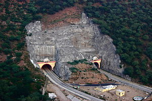Ghat ki Guni Tunnel National Highway 11 Jaipur Agra NH11 Rajasthan India 2013.jpg
