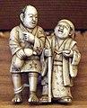 Giappone, periodo edo, netsuke (fermaglio per inroo), xix secolo, 003 due uomini.jpg