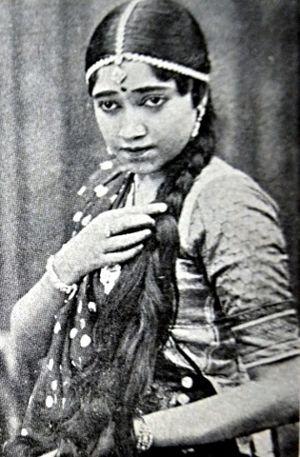 Gohar dans My Darling (1930).jpg