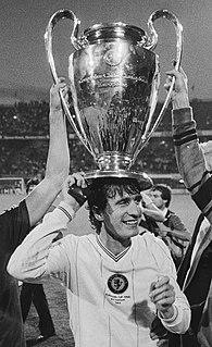 Gordon Cowans English footballer and coach