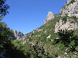 Gorges du Verdon from Hiking Trail 0451.jpg