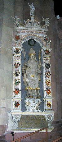 Grabdenkmal Erzbischof Albrecht 2-enhanced-hnf-392x896.jpg