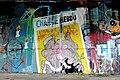 Graff à la mémoire de Charlie Hebdo (16120367340).jpg
