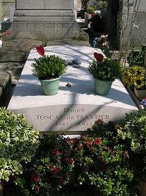 Grave of Toscan du Plantier.JPG