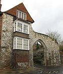 Guildford Museum Castle Arch.jpg