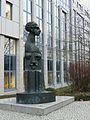 HD Skulptur Finanzamt.JPG