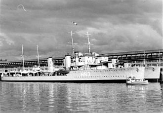 HMCS St Laurent in Vancouver
