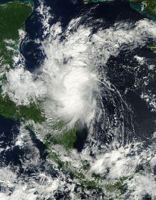 Un'immagine satellitare visibile di una tempesta tropicale disorganizzata nel Nicaragua nord-orientale il 27 ottobre.
