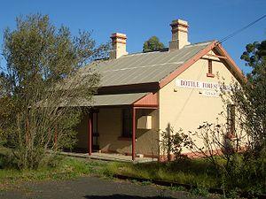 Heathcote, New South Wales - Heathcote Bottle Forest Cottage (west heathcote)