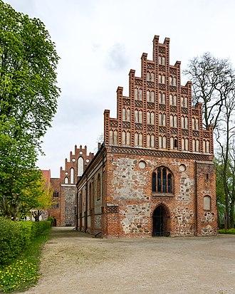 Heiligengrabe - Image: Heiligengrabe, Kloster Stift zum Heiligengrabe, Heiliggrabkapelle 2017 7338