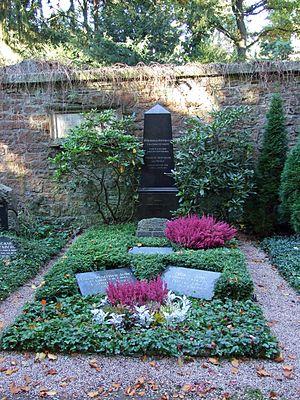 Heinrich Hoffmann (author) - Grave, Frankfurt Hauptfriedhof
