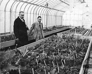 Henry Teuscher - Teuscher (center) with Marie-Victorin Kirouac, 1936