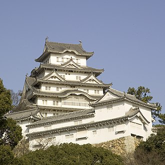 Karahafu - Image: Himeji Castle M4690