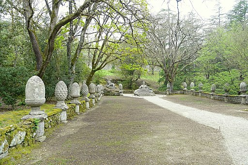 Hippodrome garden - Parco dei Mostri - Bomarzo, Italy - DSC02627