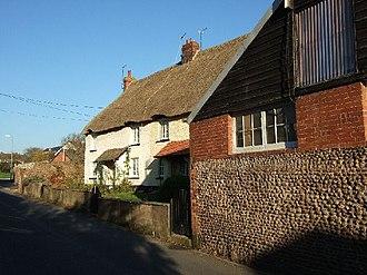 Woodbury, Devon - Image: Houses in Woodbury, Devon geograph.org.uk 80188