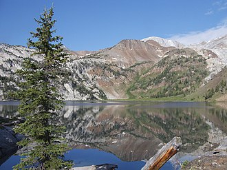Ice Lake (Oregon) - West shore of Ice Lake with Sacajawea Peak in the background