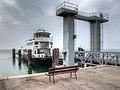 Imbarco Traghetto - Torri del Benaco (VR) Italia - 18 Marzo 2012 - panoramio.jpg