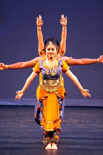 Indian-dance-multiple-arms.jpg
