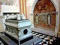 Indre-Et-Loire Tours Cathedrale Saint-Gatien Chapelle Tombeau Des Enfants De Charles VIII 18052012 - panoramio (2).jpg
