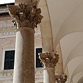 Ingresso palazzo ducale.jpg