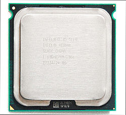 Intel Xeon DP 5110 Woodcrest.jpeg